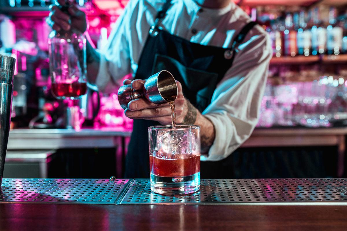 how to get liquor license